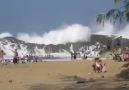 Huge Waves In Puerto Rico!