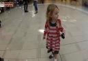 İlk kez ezan sesi duyan Amerikalı küçük kız