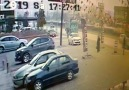İnegöl&ki feci kaza kameralara yansıdı