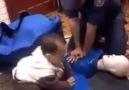 İtfaiyeci Babasını Taklit Edip Kalp Masajı Yapan Ufaklık ! :)