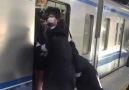 Japonyada metroya binmek