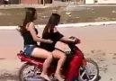 Kadın motorcudan muhteşem gösteri