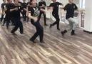 Kafkas Dansının Hakkını Veren Gencolar