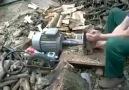 Karadenizli mucitten odun yarmaya pratik çözüm