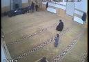 Kayseri'de Bir Camide Yaşanan Trajikomik Olay