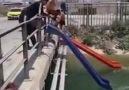 Kendi aqua parkını yapan saykodelik adanalılar