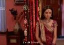 Khushi annesine evliliklerini anlatır