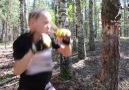 Kız Mortal Kombattan Fırlamış Gibi Resmen