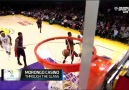 Kobe Bryant No Look Pass To Carlos Boozer