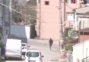 Kocaelide sokakta gezinen gençler... - TüRKiYeMiN PoLiSLeRi