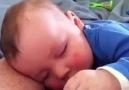 Komik rüya gören tatlı bebek :)