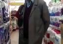 Konya'da hacı amca hacı teyzeyi süpermarkette düdüklüyor :D :D :D