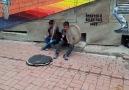 Kürt Çocukların Harika Sokak Müziği