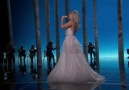 Lady Gaga - Sound of Music Tribute Performance (Live at Oscars)