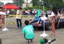 Limbo ile arabalarına basıklık oyunu oynatan Japonlar D (Y)