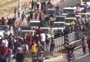 Mardin'de Kobani'ye giden peşmergelere sevgi gösterisi.