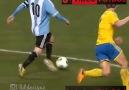 Messi'den kısa bir bacak arası resitali.