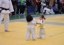 Minik kızların judo karşılaşması :)