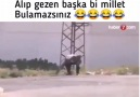 Mizah Türkiye - Düşen roketi elinde gezdiriyor dayım yaa