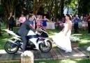 Motorcularında Düğünü Böyle OLur ...