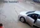Murat Bora - Hızlı akan trafikteKarşıdan karşıya geçmeler...