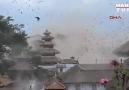 Nepal'deki 7,8 lik deprem amatör kameralara böyle yansıdı