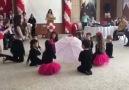23 Nisan coşkusu içinde MerKidsli çocukların Bale gösterisi.