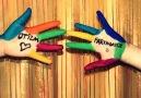 Otizm için renkli eller