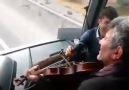 Otobüste Keman Şow
