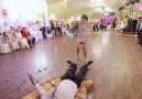 Oynak videolar - Sınır tanımayan işte bir Rus düğünü Facebook