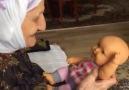 Oyuncak bebeği gerçek sanan tatlı Trabzon nenesi D