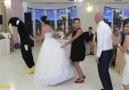 Paylaşım Rekorları Kıran Muhteşem 'Penguen Dansı'