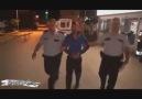 Polis Aracının Bagajını Beğenmeyen Eleman