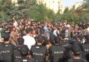 Polis, Edirne'ye yürüyen mültecilere müdahale etti: Gözaltına ...