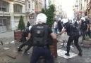 POLİSİN İSTİKLÂL CADDESİNE MÜDAHALESİ
