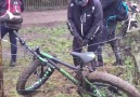 Poor guy got his bike stuck on an electric fence