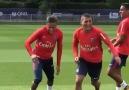 PSGnin yeni transferi Neymarın eğlenceli anları!