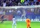 Ramos'un Ronaldo'yu aratmayan frikik golü!