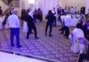 Salak Salak Şarkılar Yerine Metal Müzik İle Düğün Yapan Çılgın Çift
