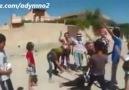Suriyeli Çocukların Kafa Kesme Oyunu