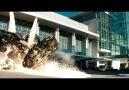 Transfomans-3 filminden aksiyon dolu bir sahne..