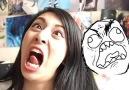 Troll yüz ifadelerini taklit etmeye çalışan asyalı hatun :D