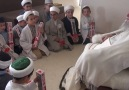 TT - Küçük afız adaylarının Mahmut Efendi'yi ziyareti... :)