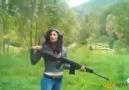 Tüfek adamı işte böyle çarpar :)