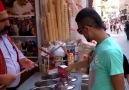 Turistin dondurmacıyla imtihanı (Kesinlikle izlemelisiniz)