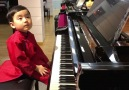 5 Year Old Boy Plays Piano