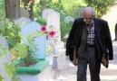 Yeni Şafak - Orhan amca 10 yıl önce kaybettiği eşinin mezarını her gün 15 kilometre yürüyerek ziyaret ediyor