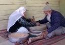 Yıllar geçmesine rağmen birbirinin eli ayağı olmak )