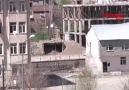 Yüksekova Belediyesi'nin arkasındaki bir binada yapılan kontro...