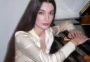 Aziza Mustafazade Uzun İnce Bir Yoldayım